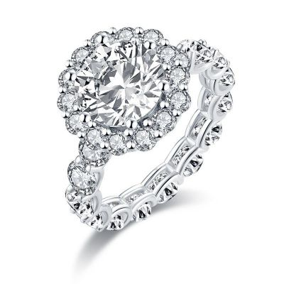 Sterling Silver Exquisite Halo Round Cut Engagement Ring